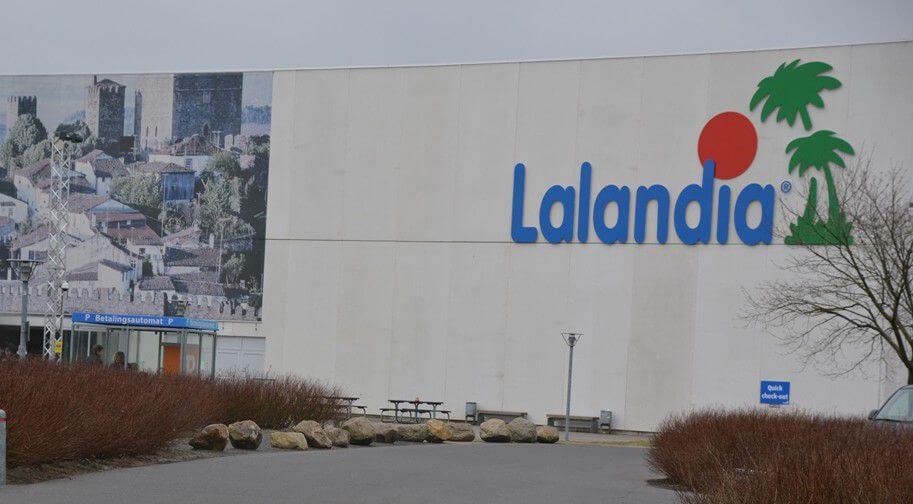 14-årig pige krænket i Lalandia – BillundOnline