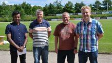 Fra venstre er det Årets træner, Kevin Rajakumar, Søren Lassen fra GGIF Old boys, Benny Højrup fra ungdomsudvalget og Kris Skriver fra ungdomsudvalget.  Foto: Lone Olsen